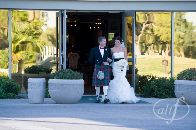 Las Vegas Country Club wedding by Layers of Lovely Floral Design