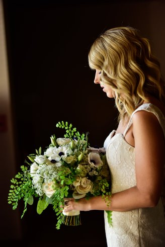 May Las Vegas Wedding at Red Rock Country Club featuring Layers of Lovely Floral Design, Jamie Y Photography, LED Unplugged and Scheme Events.