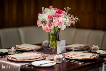 Green Valley Ranch wedding with florals by Layers of Lovely, Coordination by Scheme Events and Photography by KMH Photography. Las Vegas garden wedding.