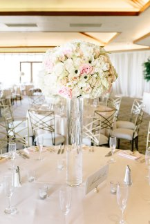 Blush wedding at Red Rock Country Club by Layers of Lovely floral design. Photography by Sarah Tribett.