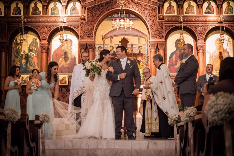 June wedding at St. John the Baptist Greek Orthodox Church. Coordinated by Open Invitation. Florals by Layers of Lovely and Photography by Ella Gagiano